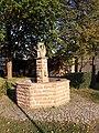 Bottmersdorf dorfbrunnen.jpg