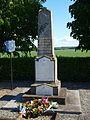 Bouville-FR-91-monument aux morts-02.jpg