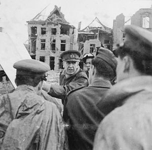 XXX Corps (United Kingdom) - Lieutenant-General Horrocks addresses XXX Corps staff at Rees on the banks of the Rhine, 26 May 1945.