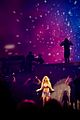 Britney Spears - Womanizer 3 (Live in Ukraine).jpg