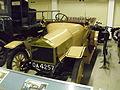 Briton 10-12 HP 1914 schräg 1.JPG