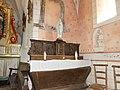 Brousse-le-Château église choeur autel latéral.jpg