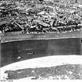 Bundesarchiv Bild 195-0891, Rheinbefliegung, Düsseldorf-Oberkassel.jpg