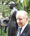 Bure Holmbäck vid avtäckning av statyn - Hjalmar Söderberg..jpg