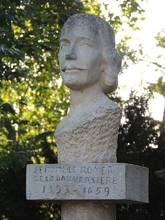 Jérôme le Royer de la Dauversière - A bust of de la Dauversière in La Flèche, France