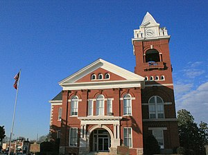 Butts County Courthouse in Jackson