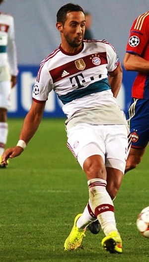 Medhi Benatia - Benatia in action for Bayern Munich in 2014