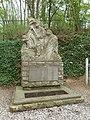 Cadier en Keer-Belgisch monument (1).JPG