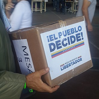 2017 Venezuelan referendum - Ballot box of a voting center