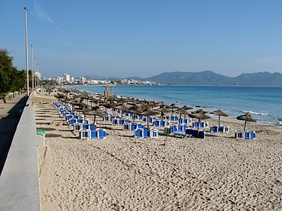 How to get to Cala Millor with public transit - About the place