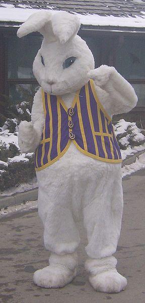 File:Calgary Zoo Easter Bunny 2.jpg