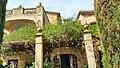 Can Batlle, Palau Sant Eulàlia, entrada interior.jpg
