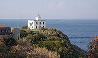 Capraia Isola - faro.jpg