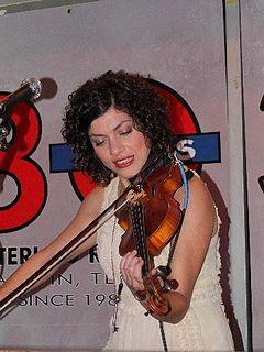Carrie Rodriguez American singer