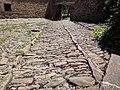 Castillo de Javier (Javier-Navarra) - Detalle del Patio con empedrado original.jpg
