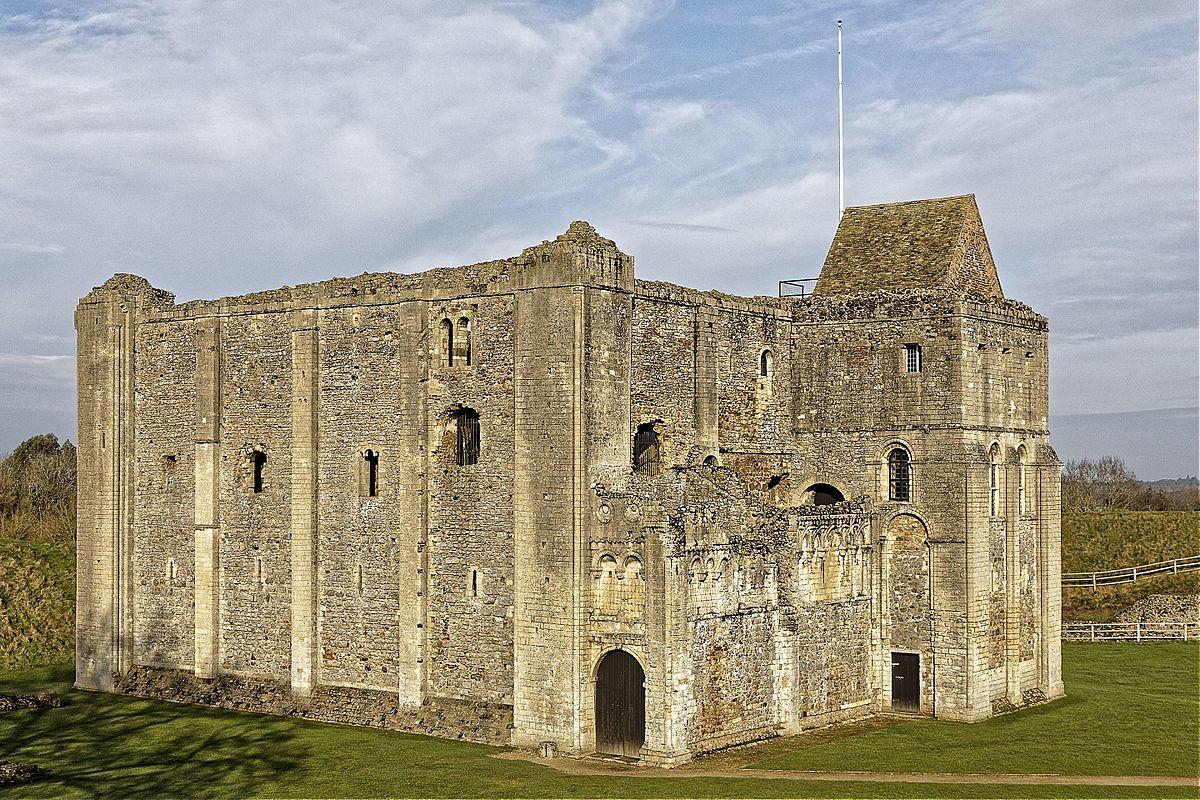 Castle Rising Castle - Wikipedia