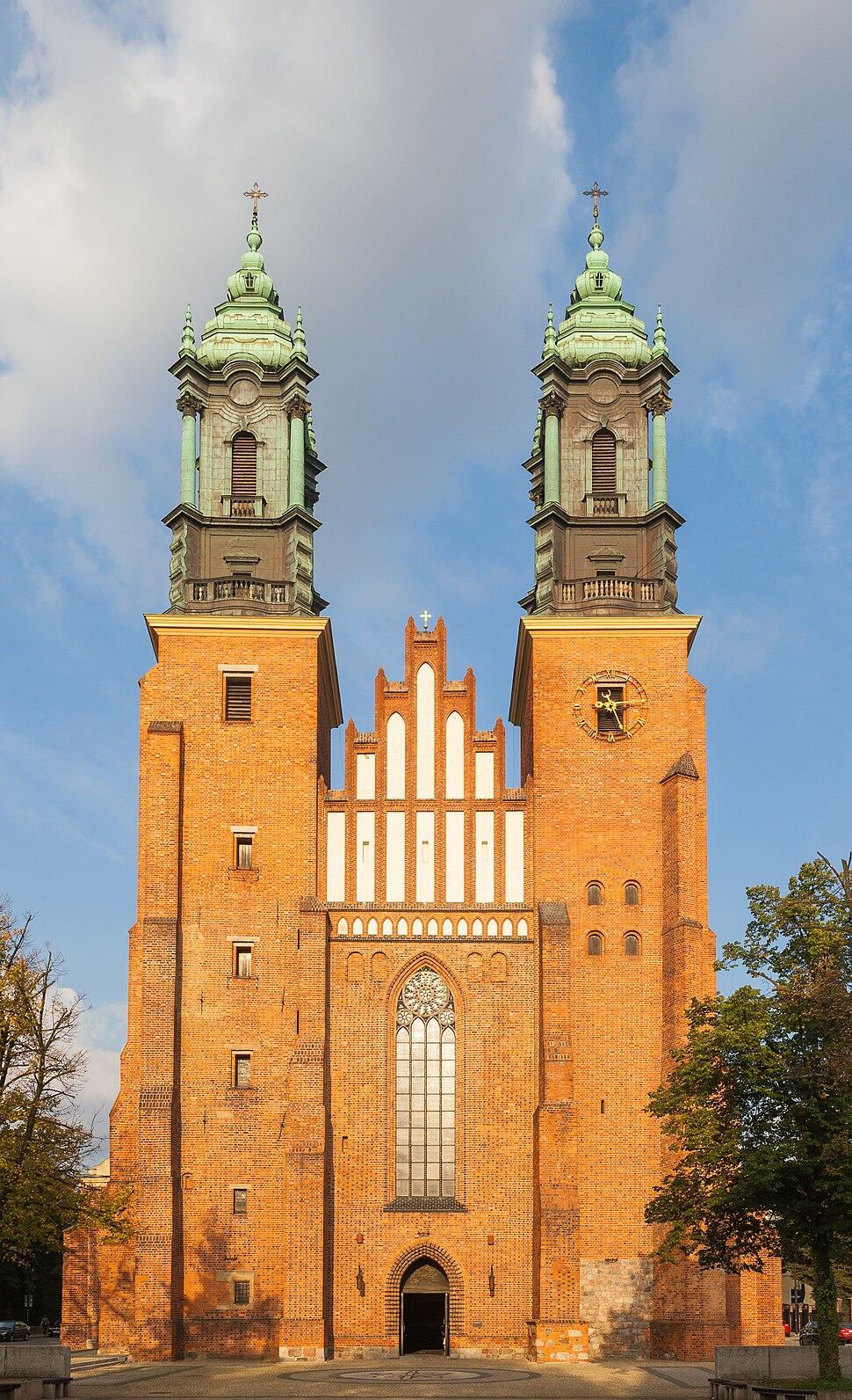 Catedral de Poznan, Poznan, Polonia, 2014-09-18, DD 10