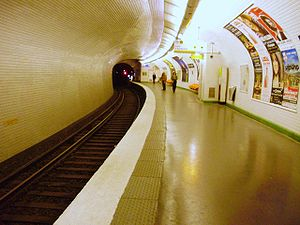 Chardon Lagache (Paris Métro) - Image: Chardon Lagache métro 03