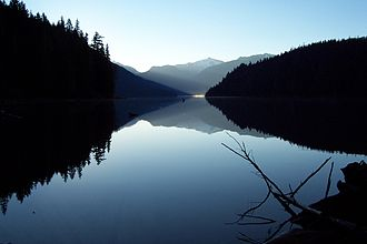 Garibaldi Provincial Park - Cheakamus Lake at dawn
