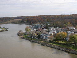 ChesapeakeCityMD AlongCDCanal.jpg