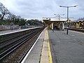 Chislehurst station fast look north.JPG