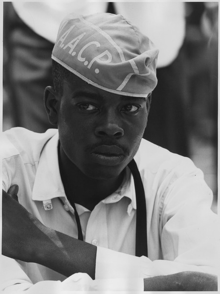 File:Civil Rights March on Washington, D.C. (A man wearing a National Association for the Advancement of Colored People hat.) - NARA - 542035.tif