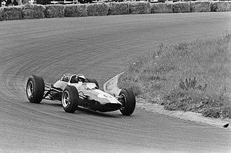 Lotus 33 - Jim Clark at the 1965 Dutch Grand Prix.