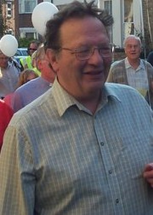 Larry Sanders (politician) - Image: Cllr Larry Sanders Oxfordshire 2005