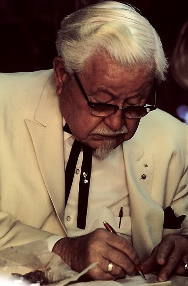Colonel Harland Sanders in character (cropped)