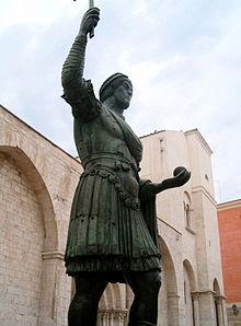 casolaro point barletta statue - photo#3