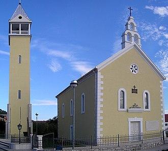 Dretelj - Holy Family church in Dretelj