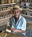 Cuba - Trinidad - potier.JPG