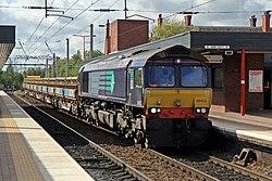 DRS Class 66, 66423, Wigan North Western railway station (geograph 4499994).jpg
