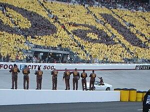 Food City 500 - Dale Jarrett's team and fans honor Jarrett before the 2008 race.