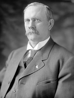 David E. Finley American politician