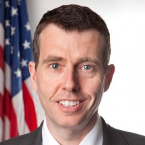 David Plouffe - Image: David Plouffe official portrait