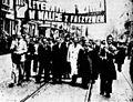 Demonstracja pierwszomajowa (HistoriaPolski str.250).jpg