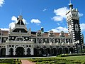 Dunedin Railway Sation, New Zealand - panoramio.jpg