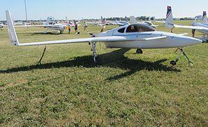Rutan Long-EZ - E-Racer