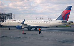 ERJ-175 at LaGuardia.jpg
