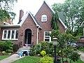 Earl E. Clark House - panoramio (1).jpg