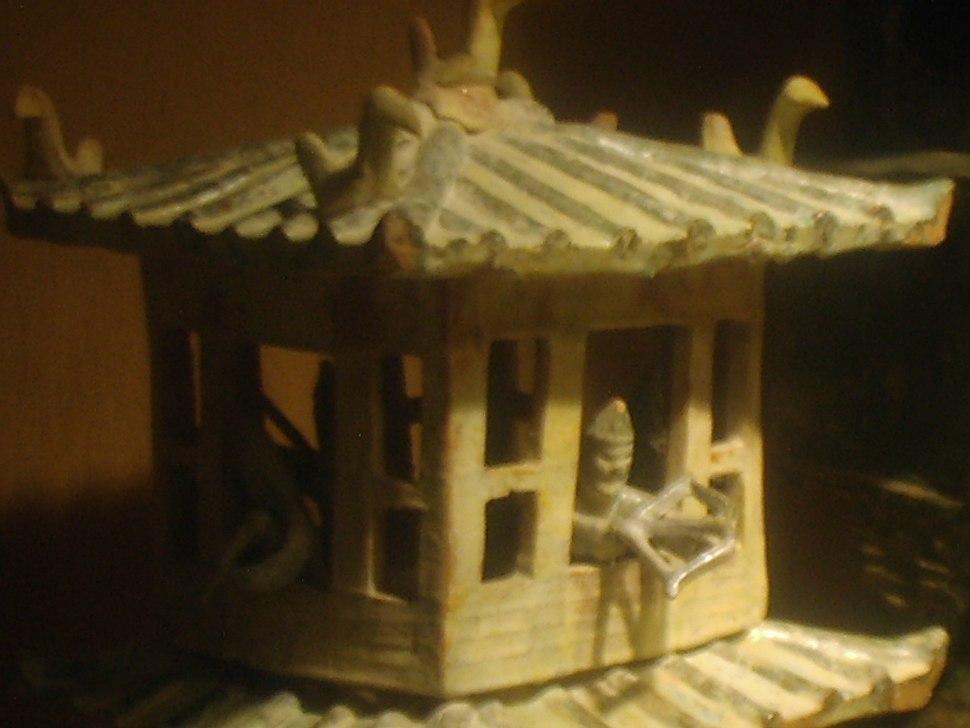 Earthenware architecture models, Eastern Han Dynasty, 5