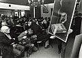 Eerste internationale affiche - veiling van de Haarlemse antiquaar Piet van Sabben. Aangekocht in 1992 van United Photos de Boer bv. - Negatiefnummer 35414 k 24 a. - Gepubliceerd in het Haarlems Dagbl.JPG