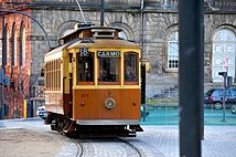 Electrico no porto.jpg