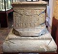 Etruschi, cippo funerario in pietra fetida, da chiusi, ex- coll. scalabrini, 500-480 ac ca. 01.jpg
