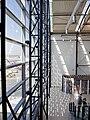 Exkurze Ruzyně, Sever 2, prosklená stěna.jpg