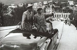 Arne Dagfin Dahl - Deputy Supreme Commander Europe of NATO Field Marshal Bernard Law Montgomery and Major General Arne Dagfin Dahl on inspection in Narvik on 5 July 1951.