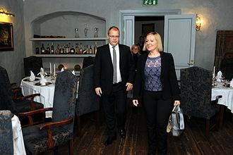 Lucinda Creighton - Creighton meeting with the Minister of Foreign Affairs of Estonia, Urmas Paet in October 2012.