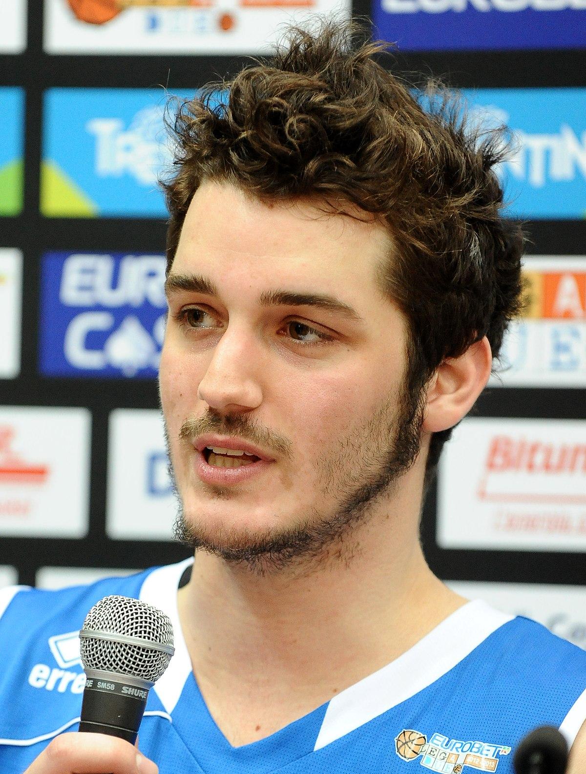 File:Federico Loschi - Basket Brescia Leonessa 2013.JPG ...