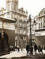 Ferenciek tere (Kígyó tér), az 1919. május 1-i ünnepség dekorációi. Fortepan 75876.jpg
